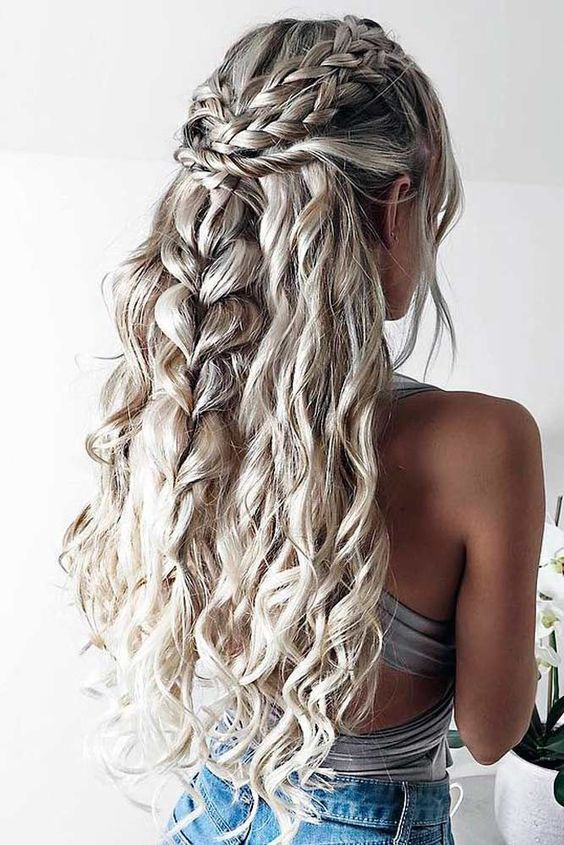 5 Extremely Gorgeous Long Hairstyles For Woman To Make Other Envious (21)