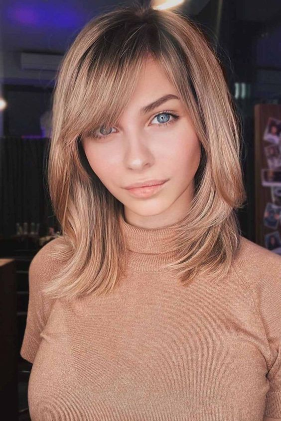 15 latest Layered Hairstyles for Medium Length Hair With Bangs (1)