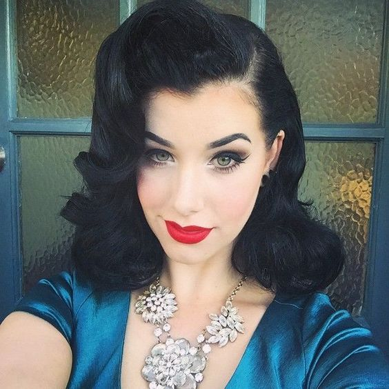 10 Amazing Retro Hairstyles For Women In 2020 (20)