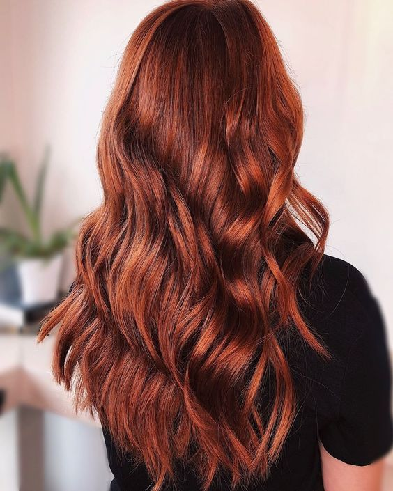 ute And Sexy Shade Ideas For Your Red Hair To Make A Statement (11)