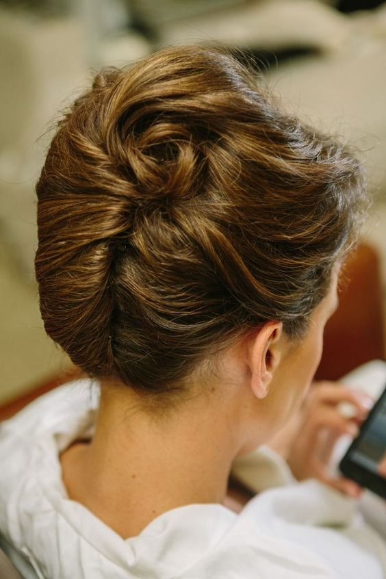 10 Easy Prom Hairstyles To Fulfill Your Fashion Interest