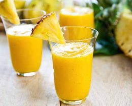 Healthy Pineapple Mango Smoothie Recipe