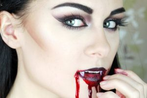 Expert Tips for Creating a Sexy Halloween Vampire Look