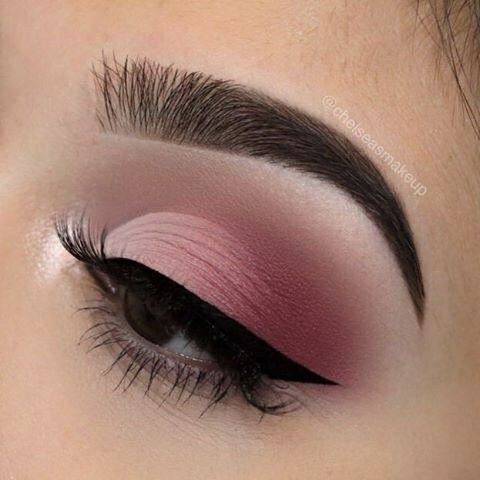 7 Easy to Wear Pink Eye Shadows to Include on Your Spring Makeup You May Wanna Copy!