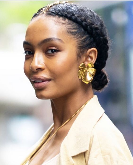 Tips & Tricks to Update Your Natural Hair Regime for the Spring!