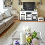 25 Elegant Spring Living Room Decor Ideas You Can Adopt