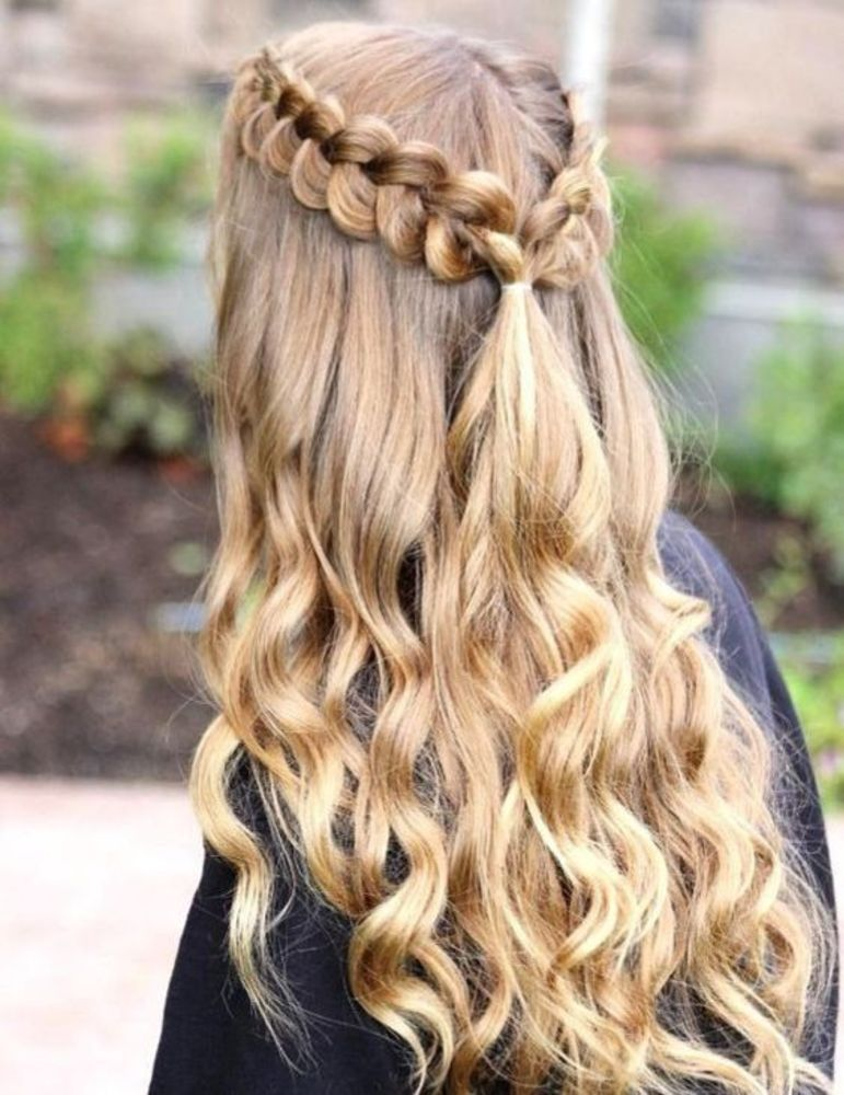 25 Cute & Gorgeous Women's Long Hairstyles 2020