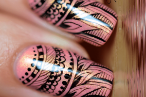 5 Awesome Feather Nail Art Peacock Design for 2020
