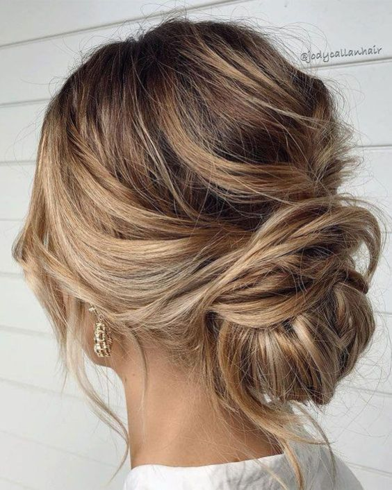 10 Lovely Summer Hairstyles for your Medium Hair in 2020