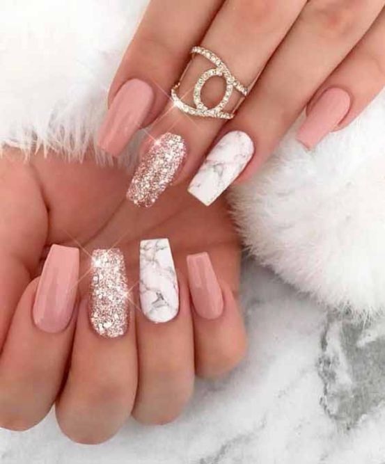 25 Tremendous Nails Acrylic Coffin Short Glitter For Best Attraction