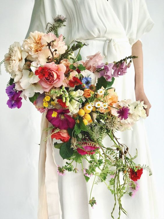 30 Delicate Looking Summer Wedding Flower Bouquets to Select!