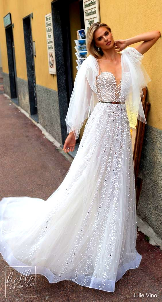 30 Most Stirring Summer Wedding Gowns To Look Like A Princess Perfectly