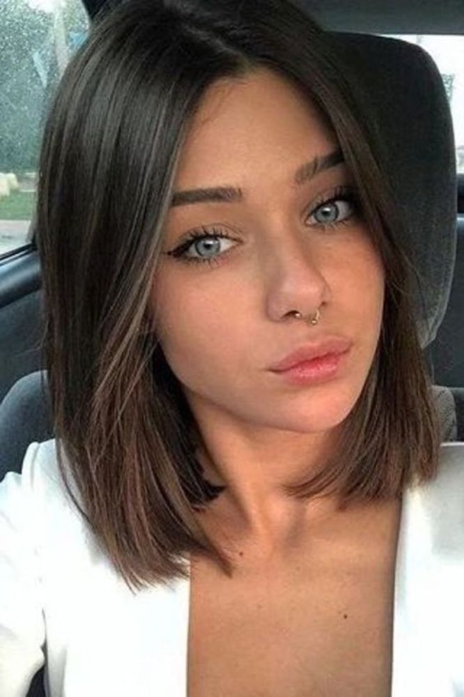 25 Best Medium Length Hairstyles for Fine Hair to Pair your Spring Look