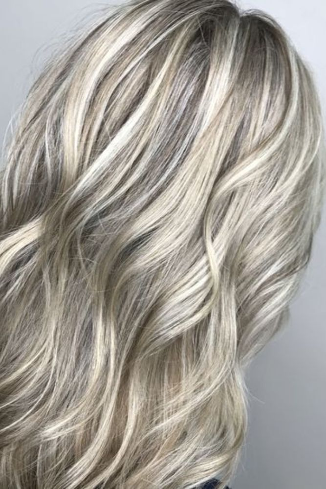 25 Platinum Hair Colors that Suits on the Blondes Perfectly: Feel Free to Try
